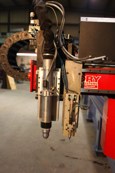 V820WT-with-inboard-outboard-pipecutter-IMG_2984